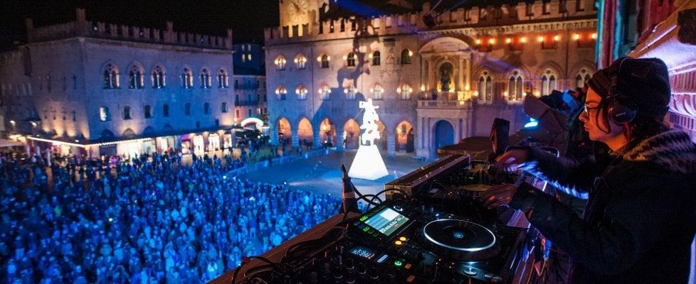 Prenotazione Capodanno Bologna centro in Piazza Verdi alla Scuderia